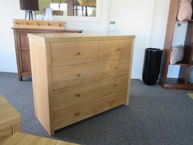 Chest of Drawers COD63